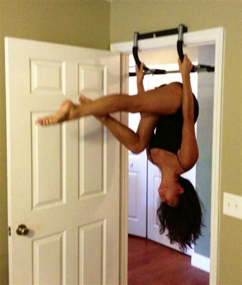 pull up bar for door practice inverting on a door hanging pull up bar aerial