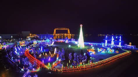 duluth xmas light tour bentleyville tour of lights drone experience