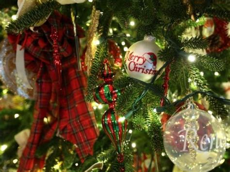 christmas tree tips how to keep it from drying out