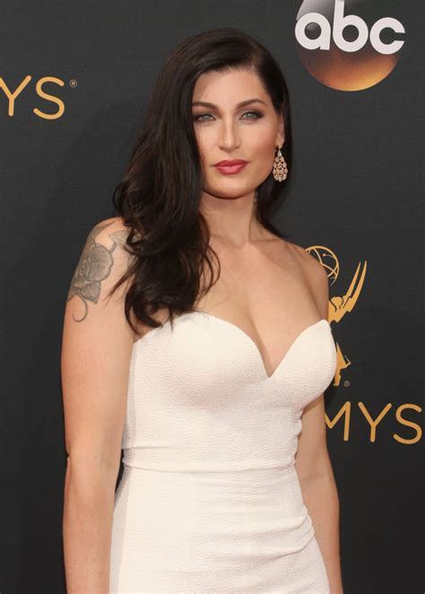 emmys  hair  makeup   red carpet pictures