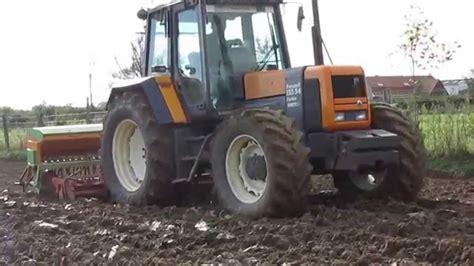 Tracteur Renault Neuf