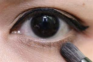 Natural Black Iris Eyes