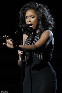 Grammy Awards 2012 Jennifer Hudson Breaks Down After
