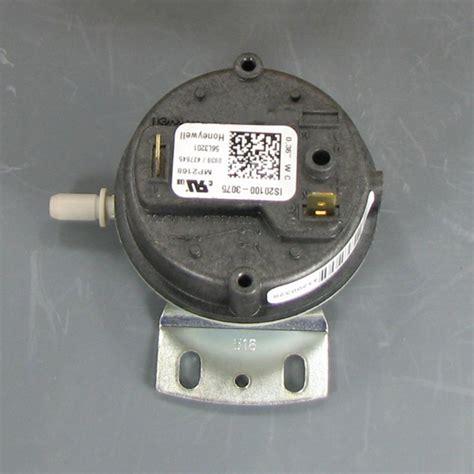 Pressure Switch Pc200 7 Pn lennox pressure switch 56l32 shortys hvac supplies