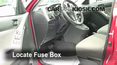 Toyotum Matrix 2007 Fuse Box by Interior Fuse Box Location 2003 2008 Toyota Matrix 2006