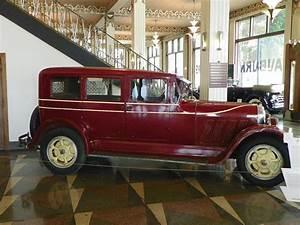 Auburn 8-eighty-eight Sedan