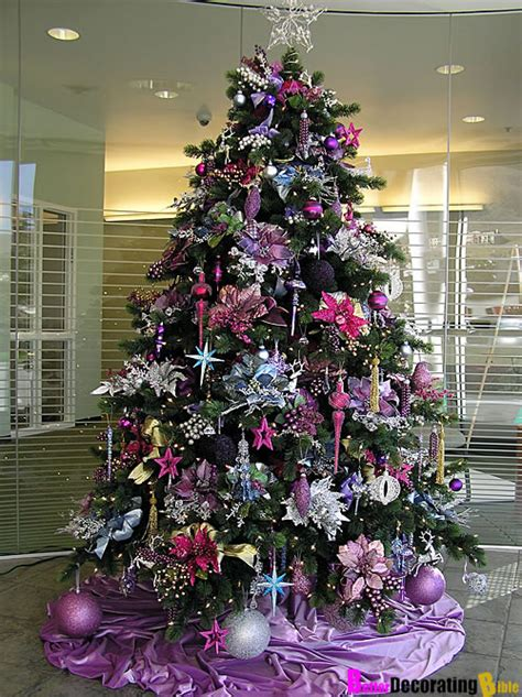 decorate  fabulous christmas tree