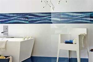 beautiful salle de bain blanche et bleu gallery amazing With carrelage mural bleu salle de bain