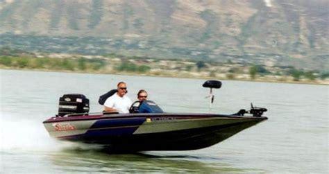 Skeeter Boats Rough Water by Skeeter