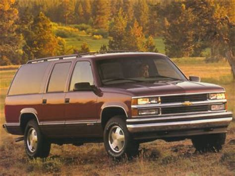 how to work on cars 1998 chevrolet suburban 2500 auto manual 1998 chevrolet suburban 1500 specs safety rating mpg carsdirect