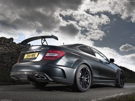 The new mercedes c63 amg coupe black series made its world debut at the formula 1 german grand prix on the n rburgring. Mercedes-Benz C63 AMG Coupe Black Series (2012) - picture 83 of 177 - 1280x960