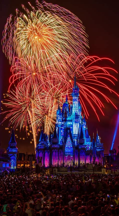 Wallpaper Disney by Free Disney Iphone Wallpapers Disney Tourist