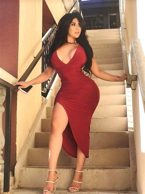 the 484 best hips images on pinterest curves beautiful