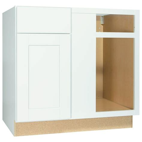 kitchen cabinet corners hton bay shaker assembled 36x34 5x24 in blind base 2435