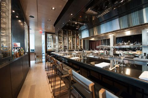 momofuku restaurant  james km cheng  design