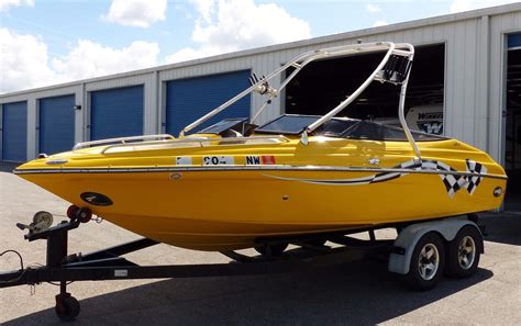 Crownline Boats Light by Crownline 202 Lpx 2005 For Sale For 12 900 Boats From