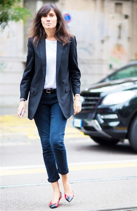 shirt unter blazer 7 and t shirt that add so much style who