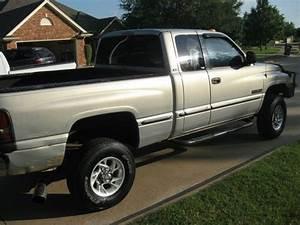 Purchase Used 1999 Dodge Ram 2500 Cummin Diesel 4x4 Short