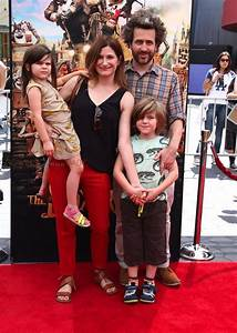 Kathryn Hahn with husband Ethan Sandler and kids Mae and ...