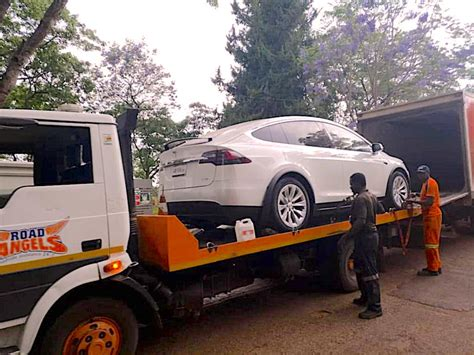 zimbabwe tesla electric car  countrys attention afrik