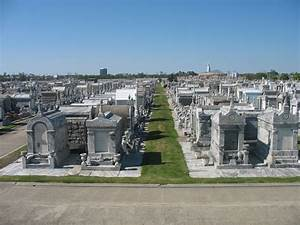 Free New Orleans Cemeteries 3 Stock Photo - FreeImages.com