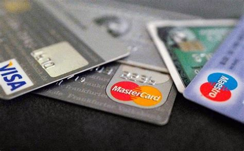 Never Use A Debit Card For Shopping Online, And Here Is