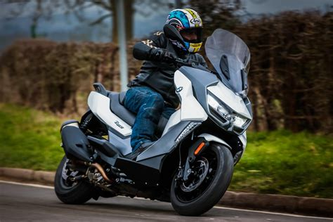 bmw c 400 gt 2019 review visordown