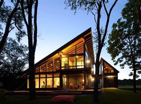 cool lake home designed  enjoy  views  create art