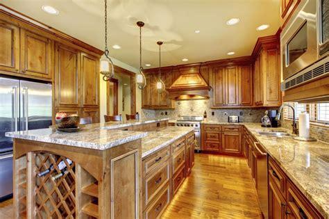 customiser cuisine en bois déco cuisine les différents meubles de cuisine en bois