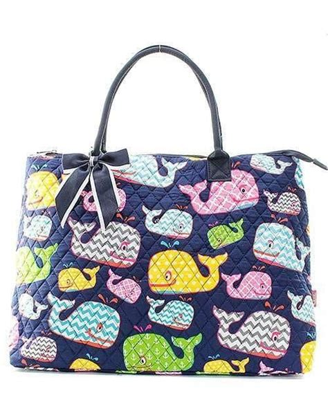 love  adorable tote bag   nice  roomy   perfect  overnight