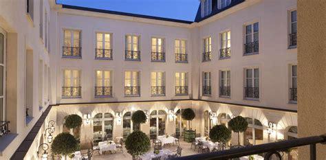 hotel avec dans la chambre picardie hôtel auberge du jeu de paume hôtel de charme chantilly