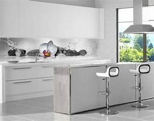 Küchenrückwand Glas Foto : k chenr ckwand aus glas 26 coole beispiele ~ Michelbontemps.com Haus und Dekorationen