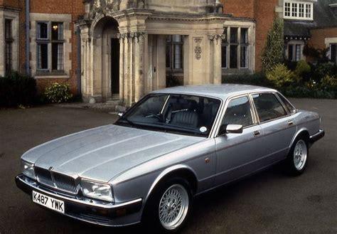 Jaguar XJ Sovereign 1986 | Jaguar xj40, Jaguar daimler, Jaguar xj