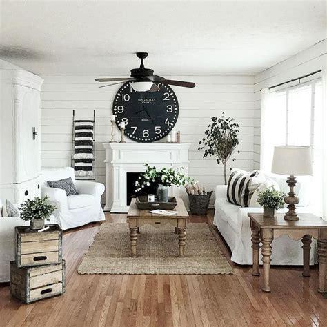 60 cool modern farmhouse living room decor ideas (43
