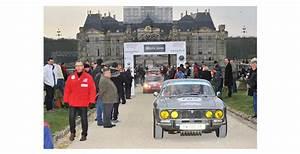Cash Voiture : la voiture aux couleurs de cash piscines bien plac e l 39 arriv e du tour auto 2013 optic 2000 ~ Gottalentnigeria.com Avis de Voitures