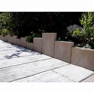 bordure pierre planche bois blanchi With amenager un jardin en longueur 10 bordure de jardin en pierre reconstituee planche apparence