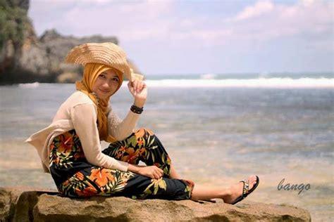 rekomendasi fashion  cocok   pantai