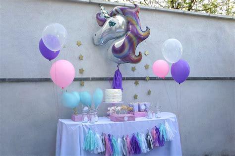 décoration anniversaire thème licorne l anniversaire licorne de louise 9 ans babayaga magazine