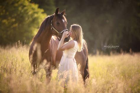 fotos pferden pferd mensch pferdefotografie monika bogner photography pferdefotografie und