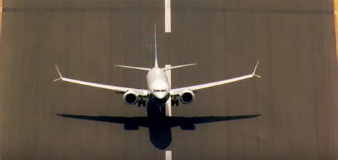 boeing  max stunning footage shows pilots pushing