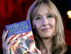 Jk Rowling Is Releasing 2 New Harry Potter Books This Fall