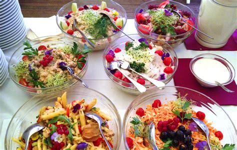 cuisine traiteur buffet froid traiteur de châtelaine ève buffet salades buffet