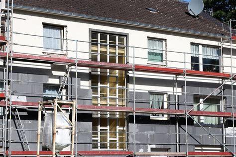 renovation maison subvention gouvernement le grand plan d investissement contre les 171 passoires thermiques 187 la croix