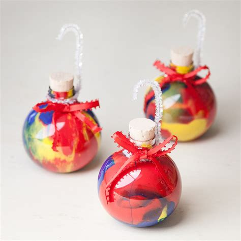 christmas craft for kids swirly christmas ornaments