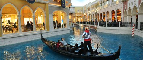 Venetian Resort Airport Shuttle | Showtime Tours