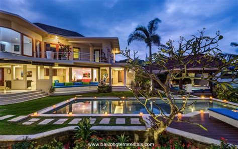 Amazing 3 Bedroom Villa With Rice Field View In Pererenan