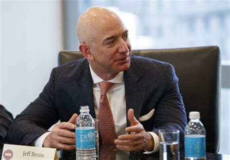 Jeff Bezos becomes the World's first person to have a net ...