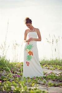 20 unique beach wedding dresses for a romantic beach for Tropical dresses for beach wedding