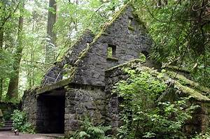 File:Macleay stone building jpg - Wikimedia Commons