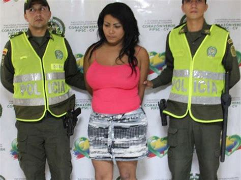 escaped colombian convict  woman  avoid